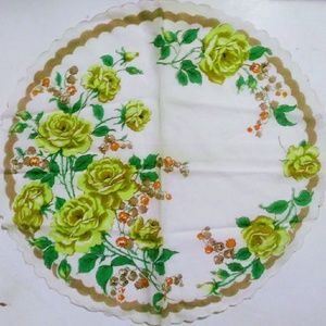 Other - Vintage Round Hankerchief Yellow Roses Pattern